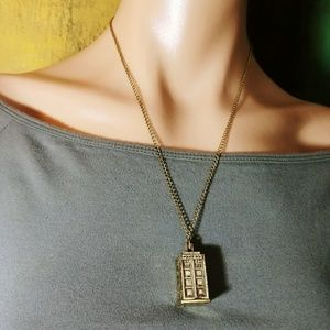 Jewelry - DOCTOR WHO TARDIS GOLD TONE POLICE BOX NECKLACE